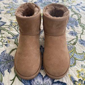 Ugg Classic Mini Ii Boot Size 8